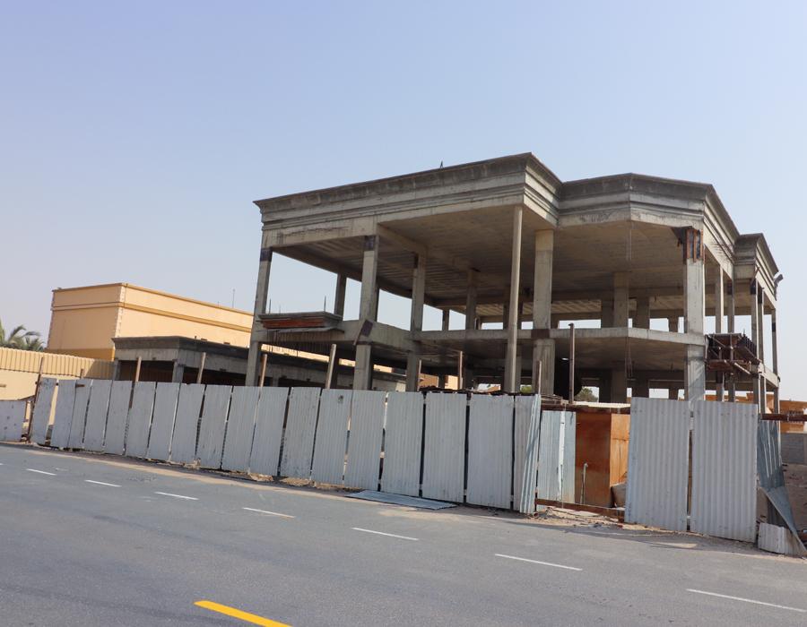للبيع فيلا في محيصنة الثالثة تحت الانشاء  تتكون من 5 غرف